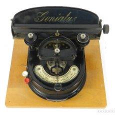 Antigüedades: MAQUINA DE ESCRIBIR GENIATUS AÑO 1928 TYPEWRITER SCHREIBMASCHINE MACHINE A ECRIR. Lote 191698455