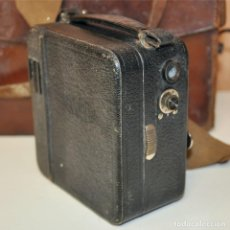 Antigüedades: CÁMARA DE CINE PATHE PATHESCOPE 9.5. Lote 191819841