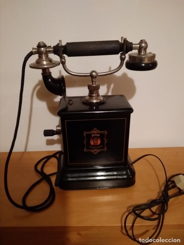 TELEFONO SIGLO XIX (ORIGINAL),MUY BUEN ESTADO , FUNCIONA BIEN ,SOLO ENCHUFAR Y LISTO (Antigüedades - Técnicas - Teléfonos Antiguos)