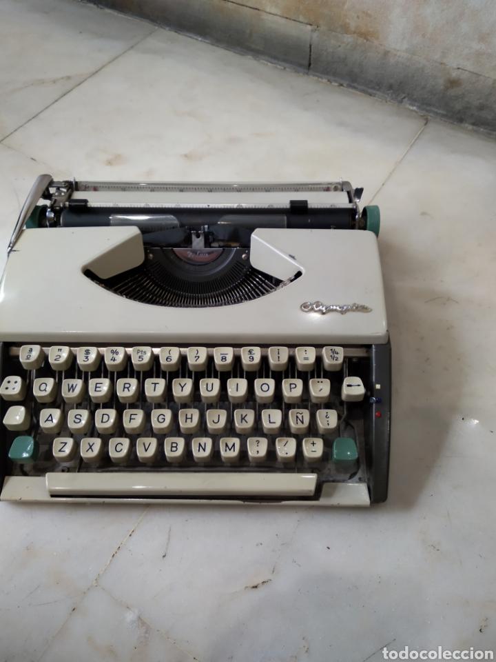 MAQUINA DE ESCRIBIR OLYMPIA (Antigüedades - Técnicas - Máquinas de Escribir Antiguas - Olympia)