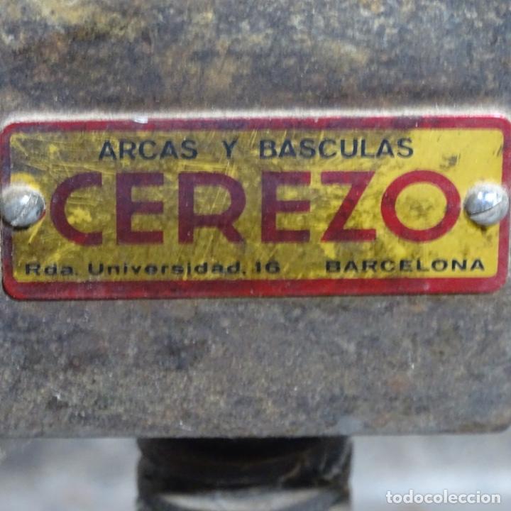 Antigüedades: Prensa de hierro de los años 1920.medidas prensa 51x34.marca cerezo de barcelona. - Foto 4 - 192093680