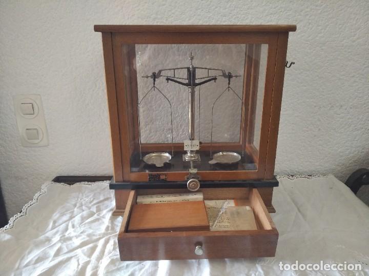 BALANZA DE PRECISIÓN ANTIGUA. MARCA COBOS (Antigüedades - Técnicas - Medidas de Peso - Balanzas Antiguas)