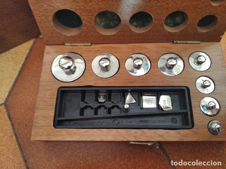 Antigüedades: Balanza de precisión antigua. Marca Cobos - Foto 14 - 192137332
