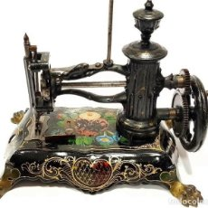 Antigüedades: ANTIGUA MAQUINA DE COSER SHAW & CLARCK VICTORIANA DE 1871 DE COLECCION MUSEO DEL SIGLO XIX. Lote 192145925
