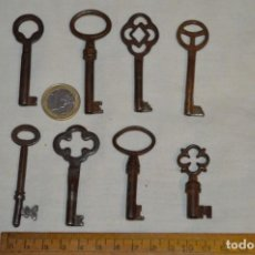 Antigüedades: LOTE 04 -- COMPUESTO POR 8 LLAVES VARIADAS ANTIGUAS - ¡MIRAR FOTOS Y DETALLES!. Lote 192172878