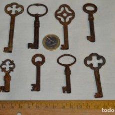 Antigüedades: LOTE 06 -- COMPUESTO POR 8 LLAVES VARIADAS ANTIGUAS - ¡MIRAR FOTOS Y DETALLES!. Lote 192175151