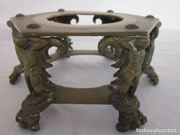 Antigüedades: ANTIGUA TETERA CON BASE DE BRONCE. - Foto 5 - 192268531
