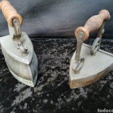 Antigüedades: 2 PLANCHAS DE BRONCE ENVEJECIDO. Lote 192357525
