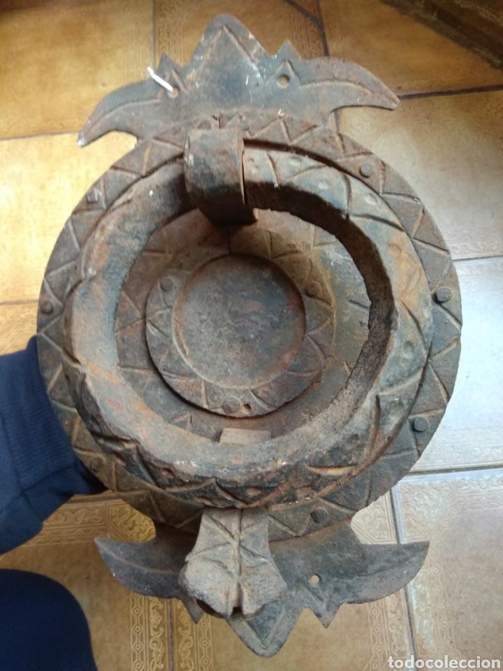 Antigüedades: Antiguo Llamador de Puerta - Aldaba de Forja - Zoomorfa - - Foto 2 - 192378186