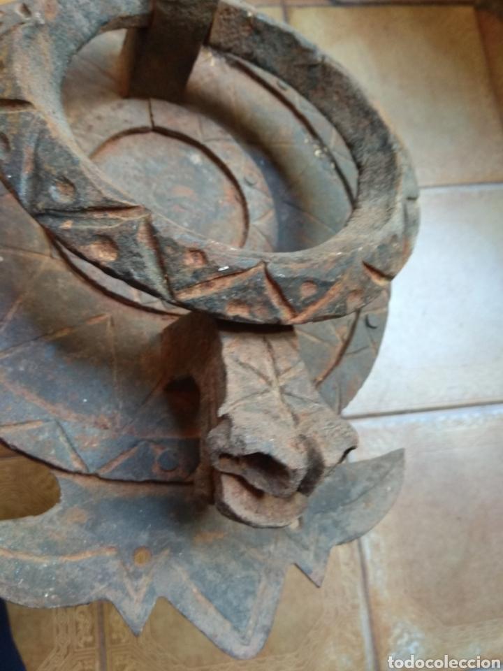 Antigüedades: Antiguo Llamador de Puerta - Aldaba de Forja - Zoomorfa - - Foto 5 - 192378186