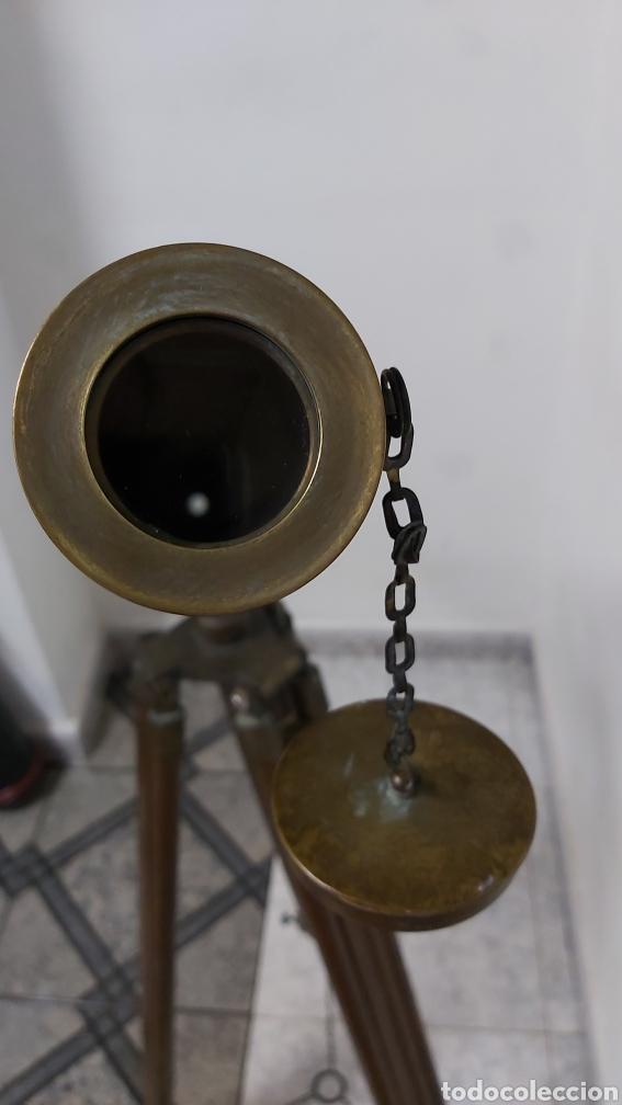 Antigüedades: TELESCOPIO DE BRONCE O LATÓN CON TRIPODE DE MADERA. VICTORIANO - Foto 6 - 192396933