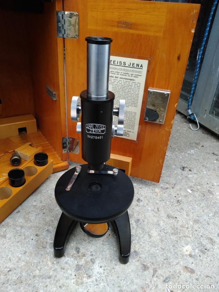 MICROSCOPIO CARL ZEISS JENA S XX MEDIDAS CAJA 23 CM X 22 CM X 37 CM ALTURA MICROSCOPIO 33 X 21CM. (Antigüedades - Técnicas - Instrumentos Ópticos - Microscopios Antiguos)