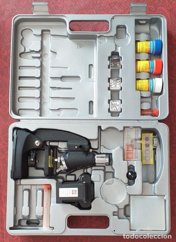 MICROSCOPIO PEQUEÑO CON COMPLEMENTOS Y MALETÍN. LEER DESCRIPCIÓN! (Antigüedades - Técnicas - Instrumentos Ópticos - Microscopios Antiguos)