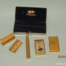 Antigüedades: ANTIGUA CAJA COMPLETA CON MAQUINILLA DE AFEITAR DUCAL - AÑO 1960S.. Lote 192588345