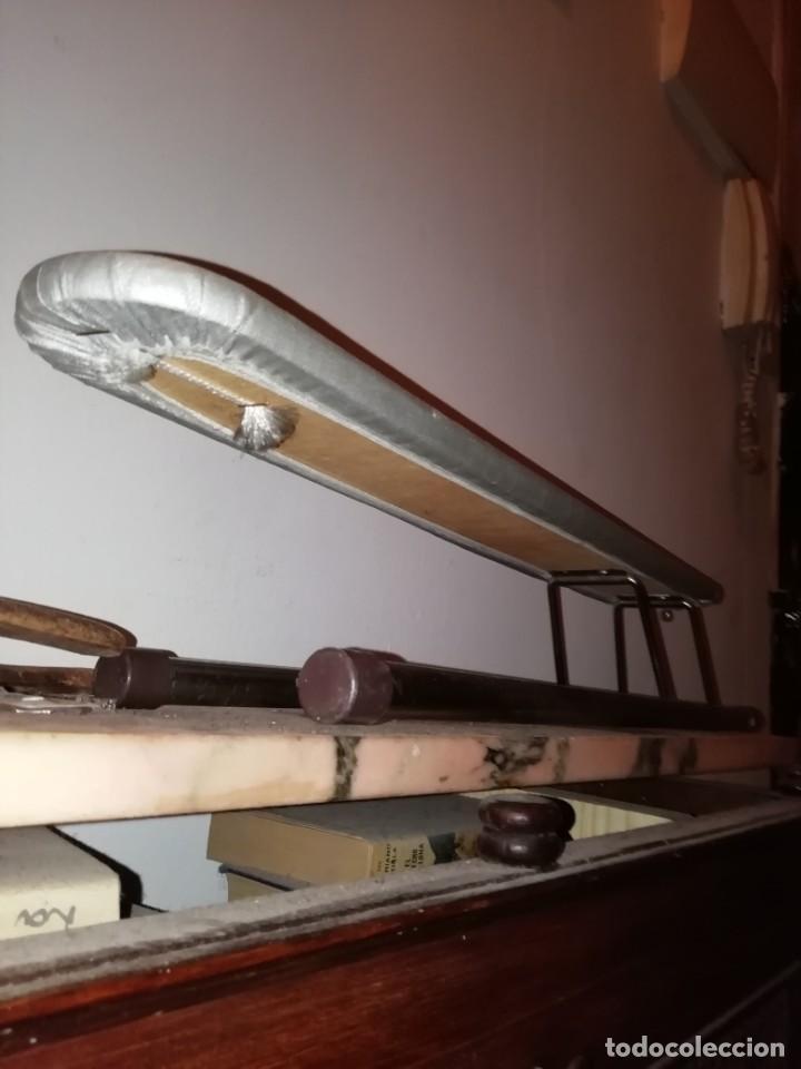 Antigüedades: tabla de planchar pequeña - Foto 3 - 192589616