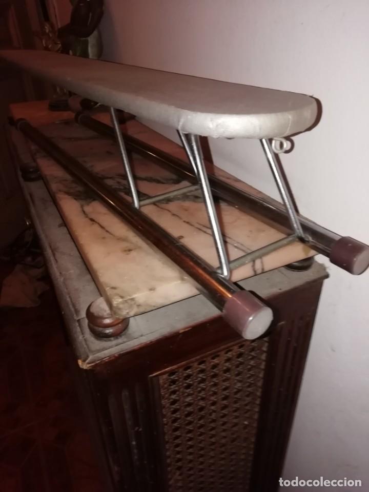 Antigüedades: tabla de planchar pequeña - Foto 4 - 192589616