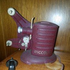 Antigüedades: PROYECTOR PEQUEÑO, - PICCOLO -16 MM ALEMAN 1920 FUNCIONANDO Y COMPLETO.. Lote 210749789