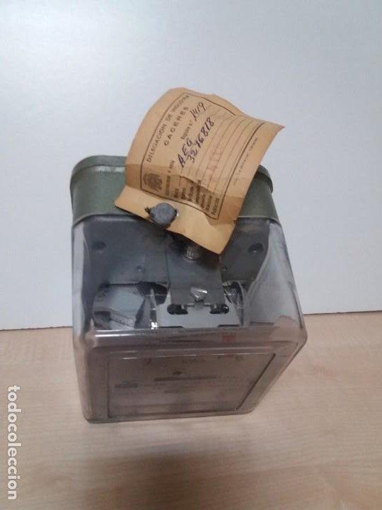 Antigüedades: ANTIGUO CONTADOR ELECTRICO AEG VINTAGE AÑOS 70 MUY DECORATIVO - Foto 4 - 192781273