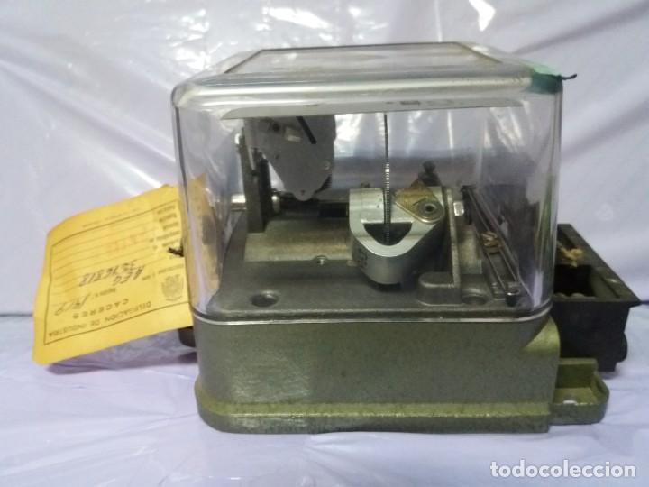 Antigüedades: ANTIGUO CONTADOR ELECTRICO AEG VINTAGE AÑOS 70 MUY DECORATIVO - Foto 11 - 192781273