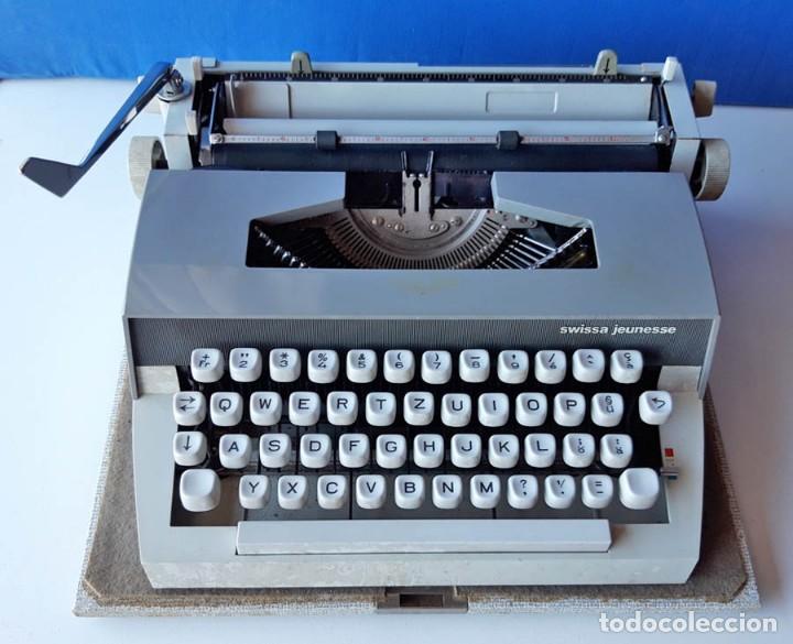 Antigüedades: Swissa Jeunesse, máquina de escribir de los años 60, con maletín original - Foto 3 - 192817041