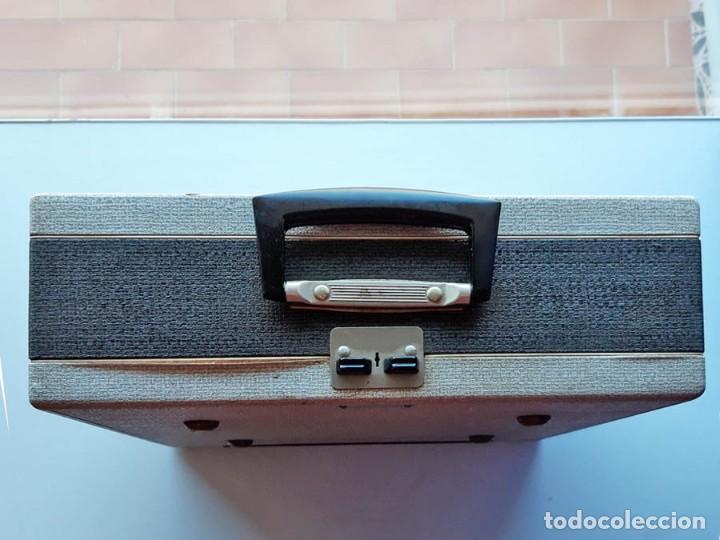 Antigüedades: Swissa Jeunesse, máquina de escribir de los años 60, con maletín original - Foto 6 - 192817041