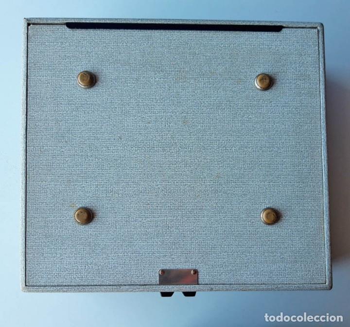 Antigüedades: Swissa Jeunesse, máquina de escribir de los años 60, con maletín original - Foto 8 - 192817041