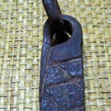 Antigüedades: MEDIDA DE PESO CASTELLANA, PONDERAL, FORJA MARCAS, 100 GRAMOS. Lote 192962230