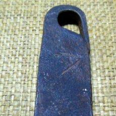 Antigüedades: MEDIDA DE PESO CASTELLANA, PONDERAL, FORJA 407 GRAMOS, MARCAS. Lote 192969375
