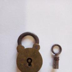 Antigüedades: ANTIGUO CANDADO BRONCE. Lote 193007156