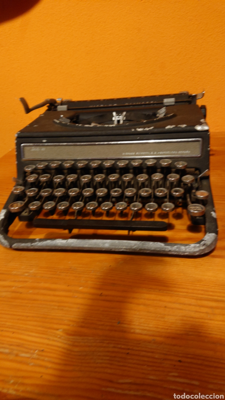 MÁQUINA DE ESCRIBIR HISPANO OLIVETTI, AÑOS 50 (Antigüedades - Técnicas - Máquinas de Escribir Antiguas - Olivetti)