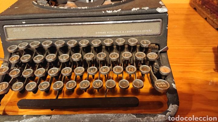 Antigüedades: Máquina de escribir hispano olivetti, años 50 - Foto 2 - 193015606