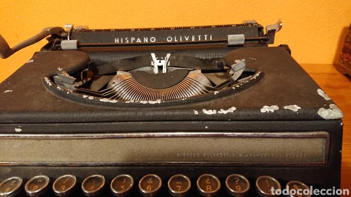 Antigüedades: Máquina de escribir hispano olivetti, años 50 - Foto 3 - 193015606