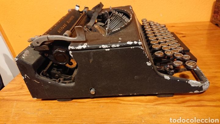 Antigüedades: Máquina de escribir hispano olivetti, años 50 - Foto 8 - 193015606