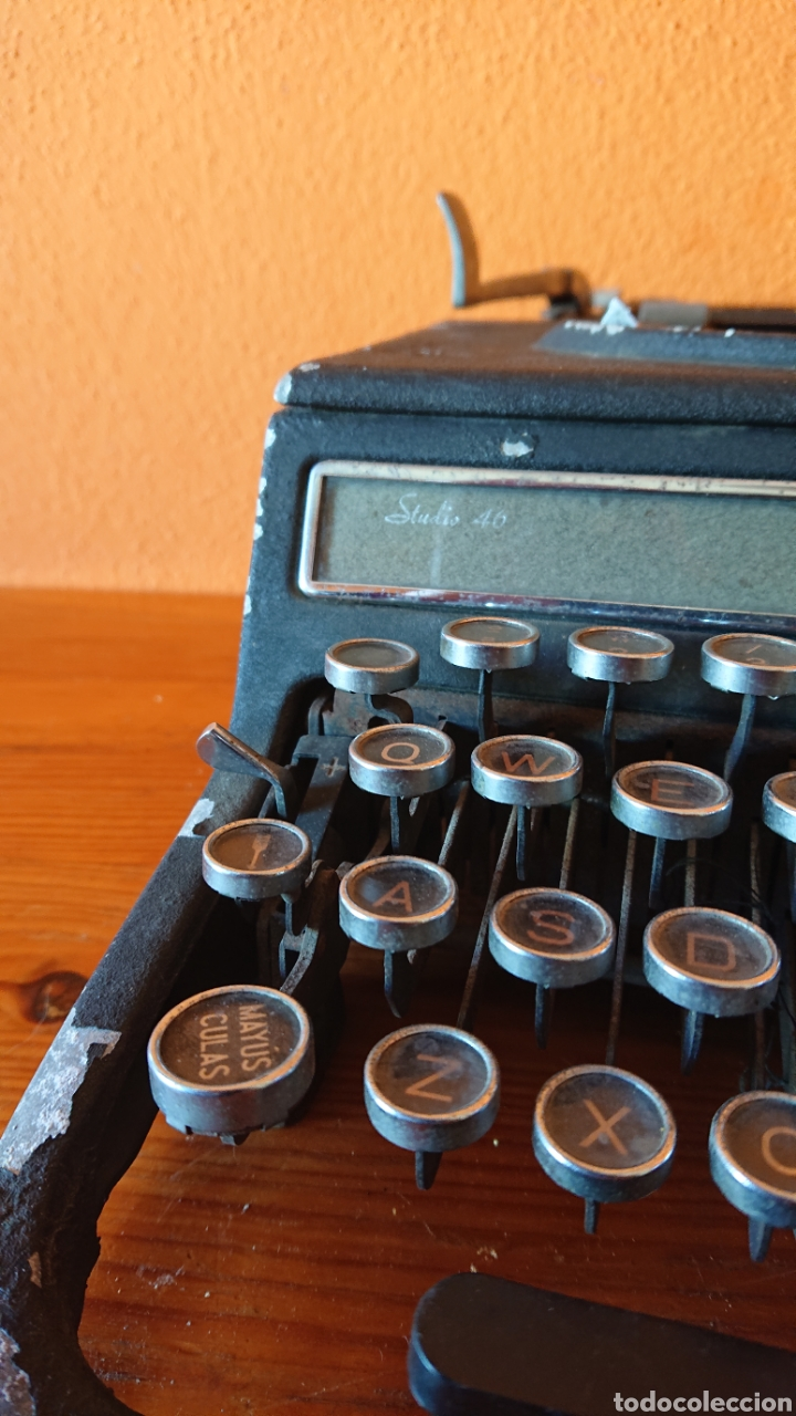 Antigüedades: Máquina de escribir hispano olivetti, años 50 - Foto 12 - 193015606