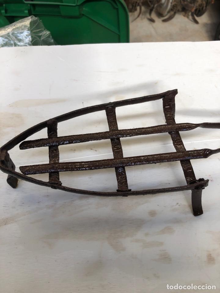 Antigüedades: Soporte de plancha - Foto 3 - 193056562