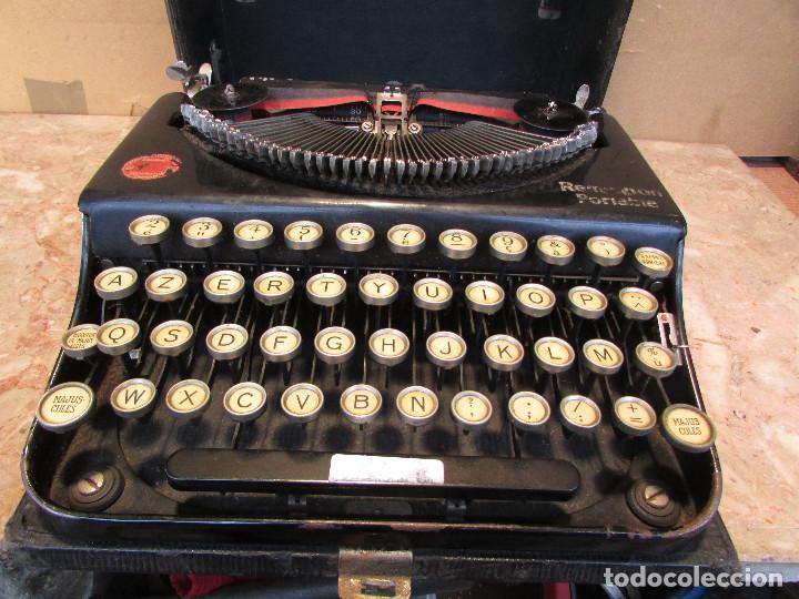 Antigüedades: Máquina de escribir REMINGTON del año 1929. Portátil. Con maleta. Funciona - Foto 2 - 193205047