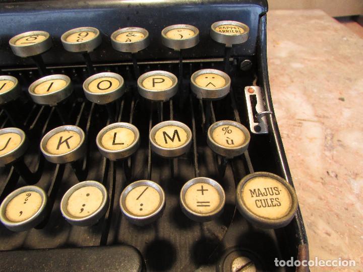 Antigüedades: Máquina de escribir REMINGTON del año 1929. Portátil. Con maleta. Funciona - Foto 9 - 193205047