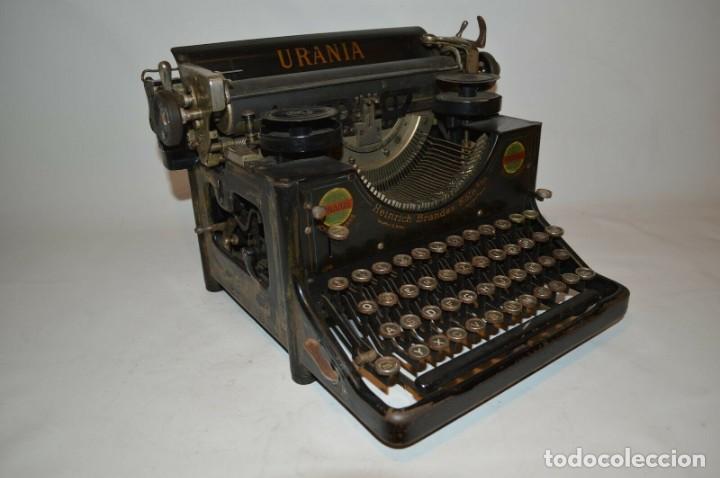 MAQUINA DE ESCRIBIR URANIA AÑO1921 (Antigüedades - Técnicas - Máquinas de Escribir Antiguas - Otras)