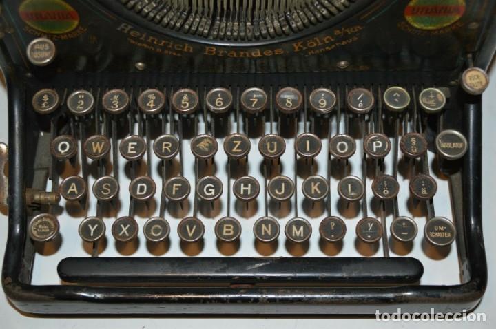 Antigüedades: MAQUINA DE ESCRIBIR URANIA AÑO1921 - Foto 5 - 193233676