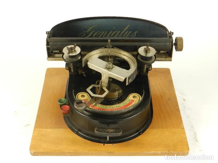 Antigüedades: GENIATUS TYPEWRITER YEAR 1928 SCHREIBMASCHINE MACHINE ECRIRE MAQUINA DE ESCRIBIR - Foto 2 - 193262012
