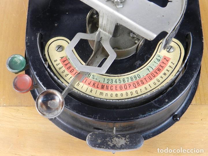 Antigüedades: GENIATUS TYPEWRITER YEAR 1928 SCHREIBMASCHINE MACHINE ECRIRE MAQUINA DE ESCRIBIR - Foto 3 - 193262012