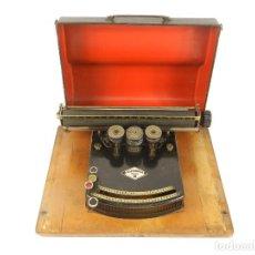 Antigüedades: MAQUINA DE ESCRIBIR GUNDKA MOD.III TYPEWRITER YEAR 1924 SCHREIBMASCHINE MACHINE ECRIRE. Lote 193266156
