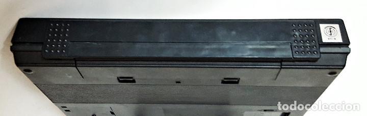 Antigüedades: Maquina de escribir electronica SHARP PA-1050. - Foto 13 - 193267837