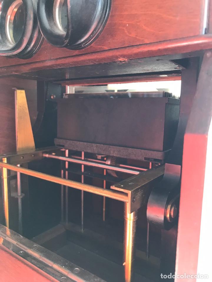 Antigüedades: Visor Estereoscopico con pie y placas de cristal auto classeur stereo 1900 - Foto 8 - 193271421