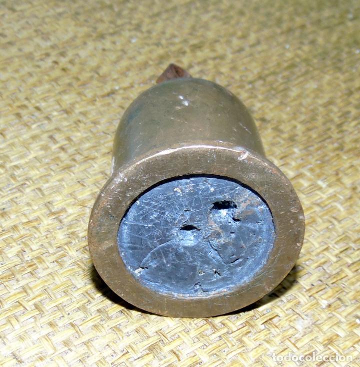 Antigüedades: pesa en bronce y plomo, posiblente de reloj o romana 470 gramos - Foto 2 - 193300553