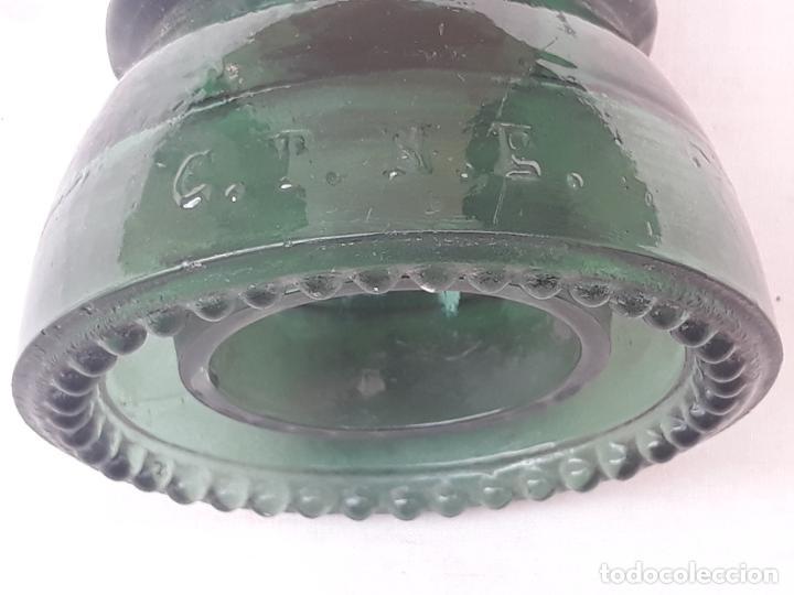 Antigüedades: LOTE DE DOS JICARAS / AISLADORES ELECTRICOS EN CRISTAL. - Foto 5 - 193372532