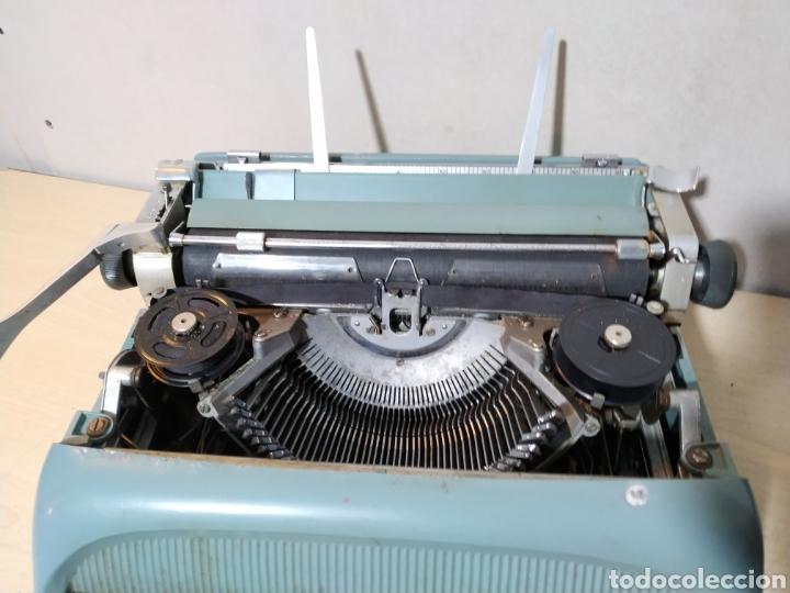 Antigüedades: Máquina de escribir Olivetti Studio 44 con maleta - años 50 - Foto 14 - 193568750