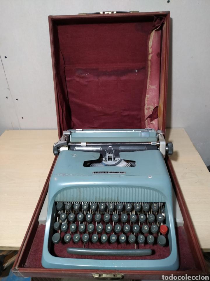 Antigüedades: Máquina de escribir Olivetti Studio 44 con maleta - años 50 - Foto 17 - 193568750