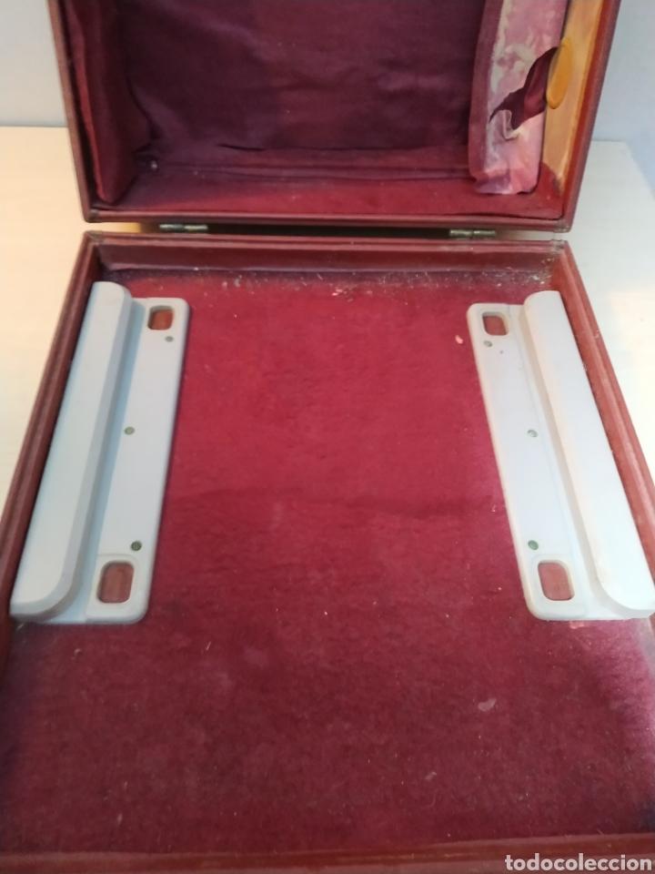 Antigüedades: Máquina de escribir Olivetti Studio 44 con maleta - años 50 - Foto 24 - 193568750