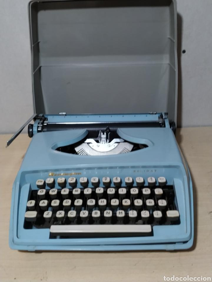Antigüedades: Máquina de escribir portátil Remington Holiday azul - años 60 - Foto 16 - 193569868